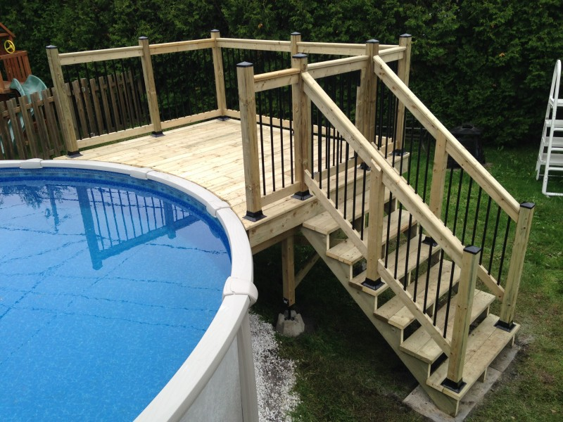 Revenu quebec for Construire deck piscine